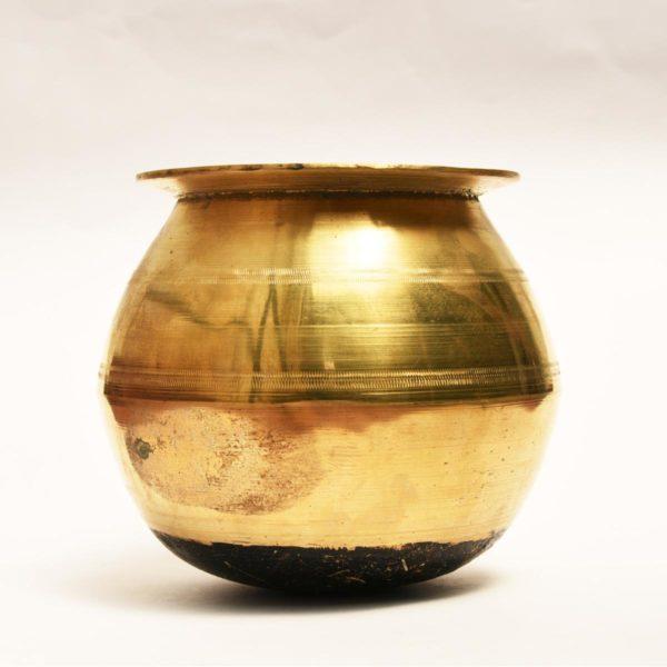 Bronze-cook-pot-1